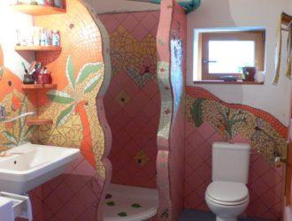 Mozaiková koupelna sousedící s vzorkovnou 1