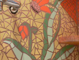 Mozaikový květ 3 detail - koupelna